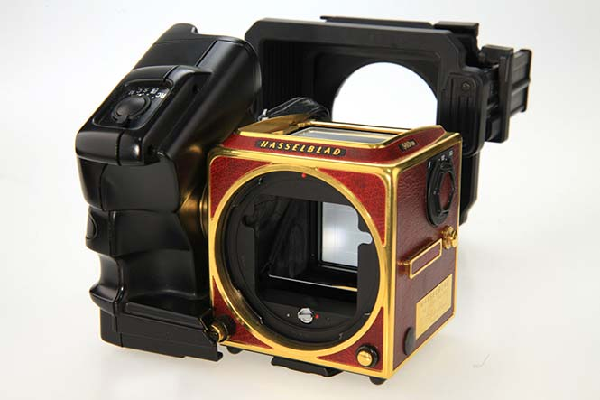 Hasselblad-Gold-Supreme-503CW-8