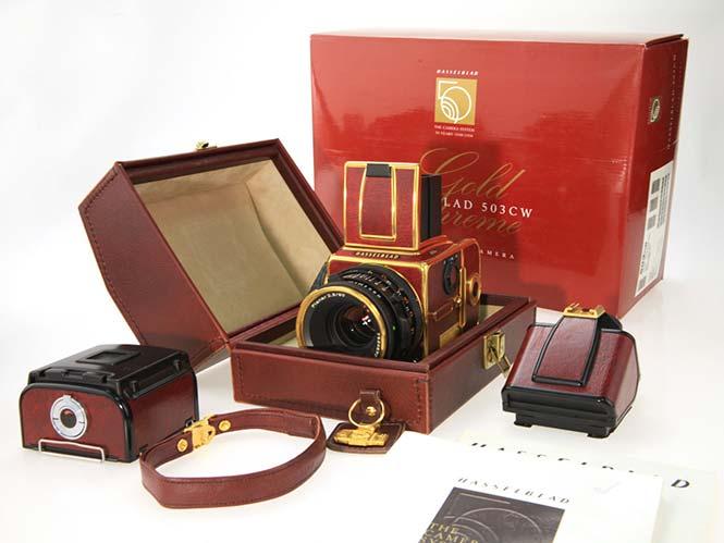 Μία Hasselblad Gold Supreme 503CW, στο ebay προς 14.300 ευρώ