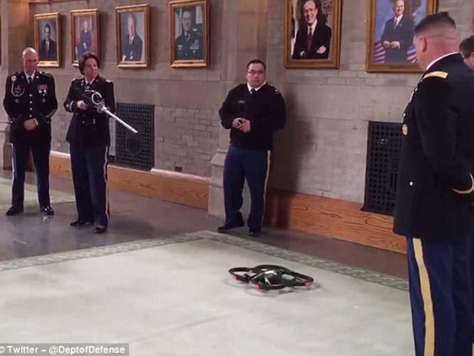 Αντί-drone όπλο των 150 δολαρίων ρίχνει τα drone με ραδιοκύματα