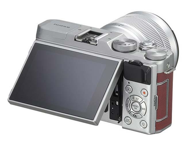 Fujifilm-X-A3-2