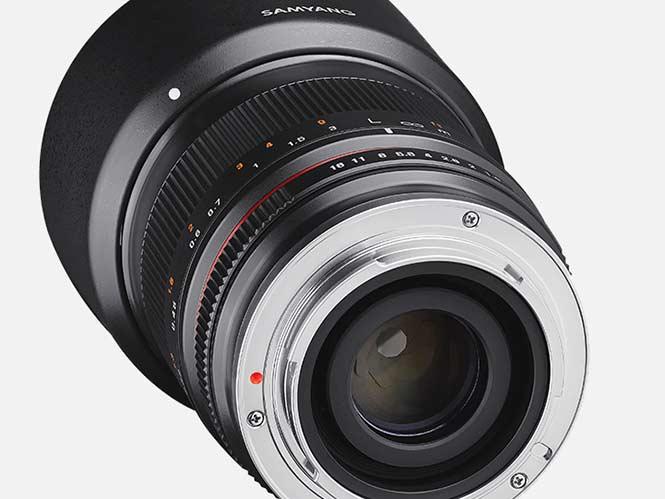 Samyang-35mm-F1.2-2