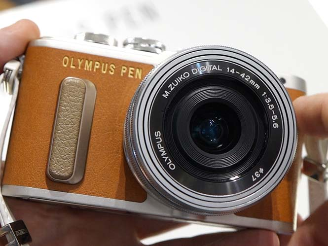 Olympus PEN E-PL8, hands on στη Photokina 2016