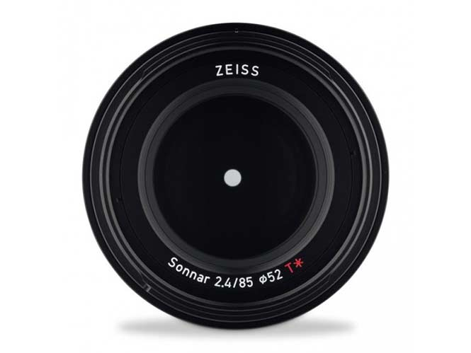 zeiss-loxia-85mm-f2-4-1