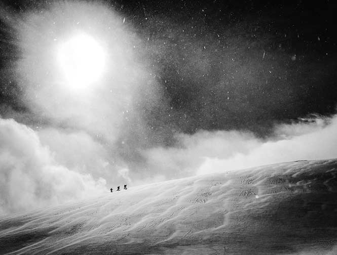 New for 2016 was the Mobile Category. It was won by Vegard Aasen, Norway for his black and white mountaineering image taken in Hakuba, Japan.