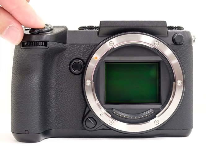 Ακούστε το κλείστρο της μεσαίου φορμά Fujifilm GFX 50S