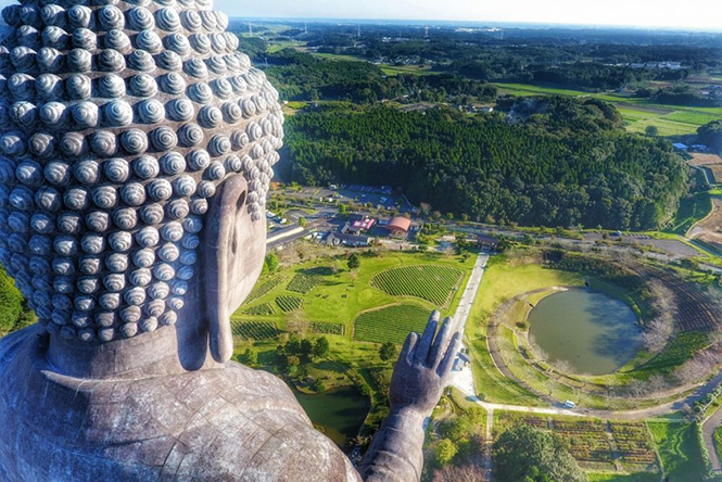 Big Buddha, Ushiku Daibutsuby, Japan by cliechti