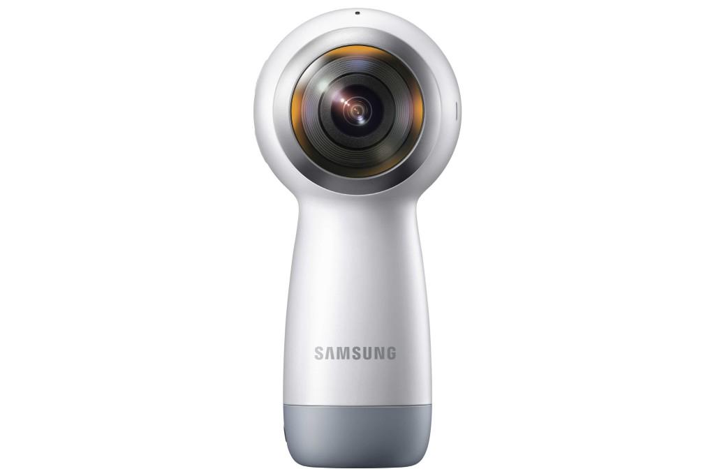 H Samsung παρουσίαζει τη νέα κάμερα Gear 360 για δημιουργία VR και 360⁰ εικόνων και videos