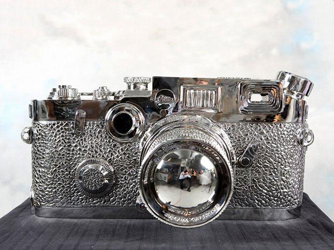 Μία Leica που δεν είναι Leica και η οποία κοστίζει 100.000 δολάρια