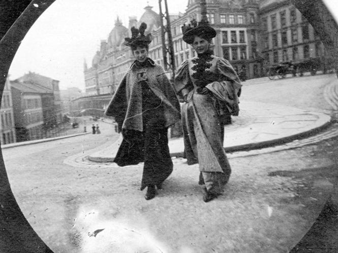Τραβώντας φωτογραφία δρόμου το 1890 με μια Spy Camera