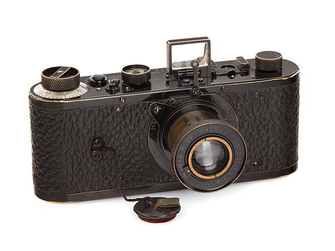 Μία Leica του 1923 πωλήθηκε προς 2.4 εκατομμύρια Ευρώ σπάζοντας όλα τα ρεκόρ