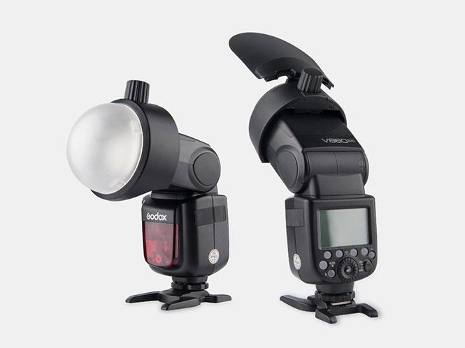 Το Godox S-R1 επιτρέπει την προσθήκη φίλτρων και αξεσουάρ σε speedlight flash
