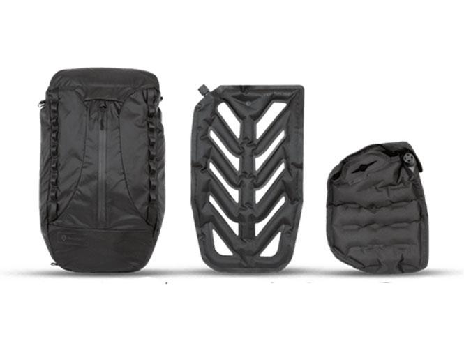 Η VEER 18 είναι μία τσάντα πλάτης με φουσκωτή θήκη για τη μηχανή σας