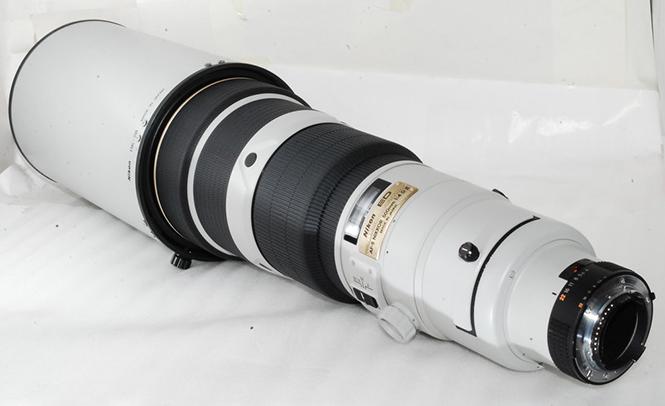 Rare-light-grey-Nikon-AF-S-Nikkor-500mm-F4-D-II-lens