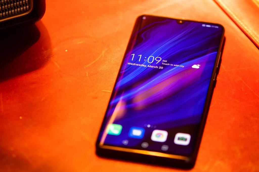 Έκλεισε η πόρτα των  Η.Π.Α. για τη Huawei, τι συμβαίνει και ποιους θα επηρεάσει;
