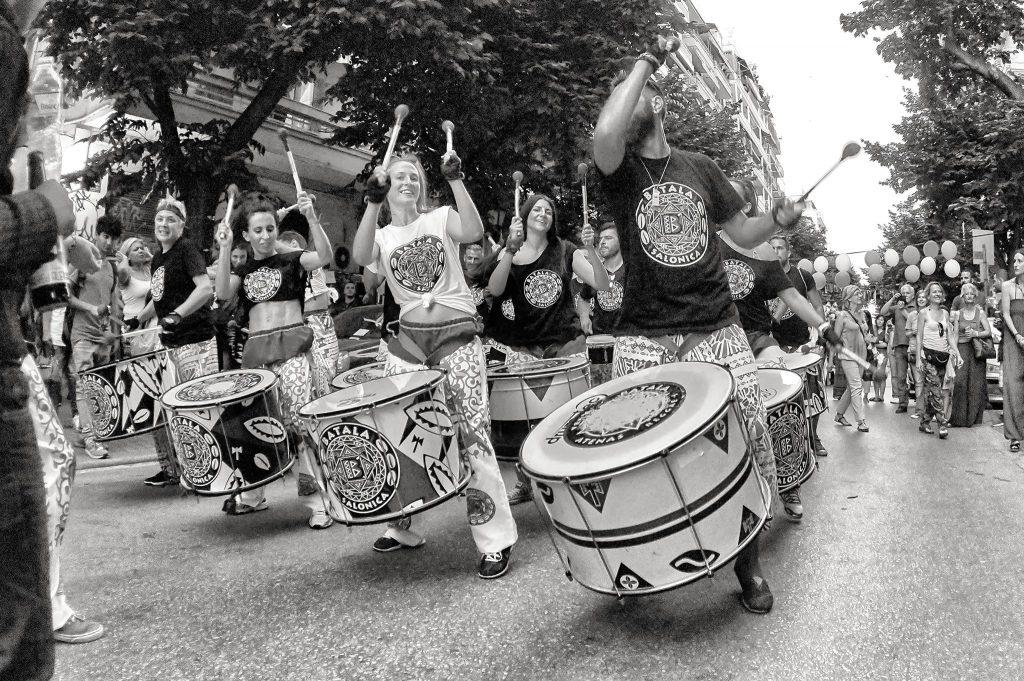 """Έκθεση Φωτογραφίας: """"Η μουσική του δρόμου""""  του Θάνου Κοκκίνη"""