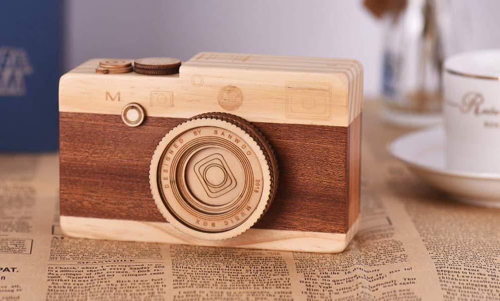 Αυτή η Leica έχει τιμή από 10 δολάρια, αλλά δυστυχώς είναι ένα μουσικό κουτί