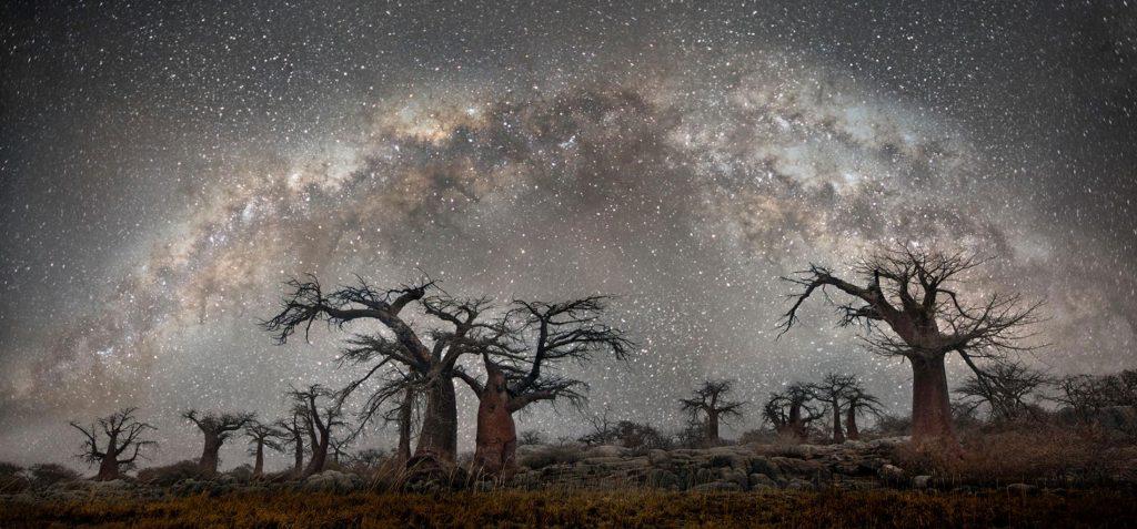 Το National Geographic μοιράστηκε φωτογραφία με κλωνοποιημένο ουρανό και οι φωτογράφοι εξοργίστηκαν