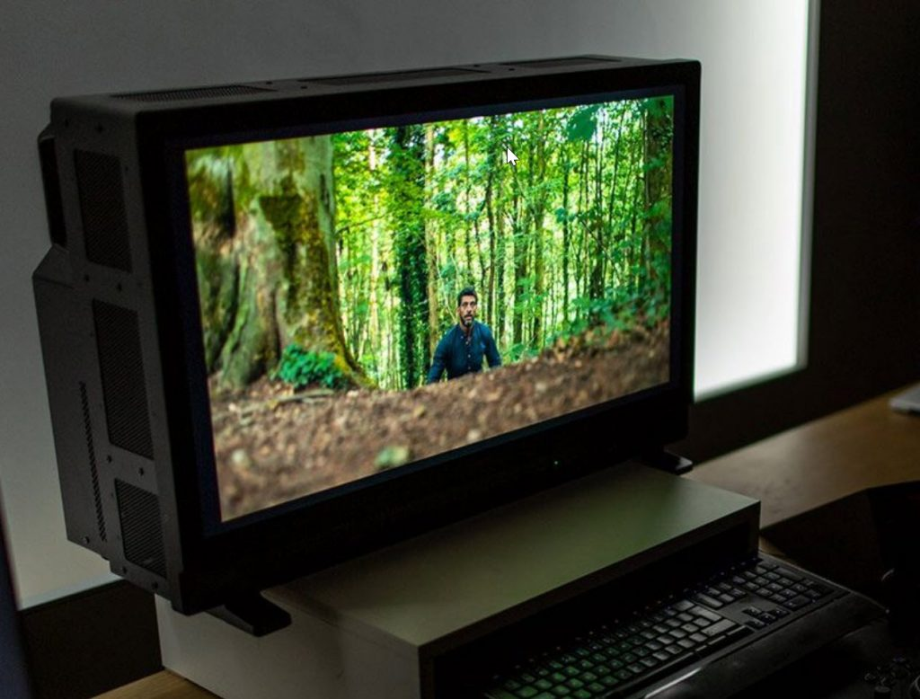 Canon DP-V3120, νέα επαγγελματική 4K HDR οθόνη με φωτεινότητα 2000cd/m2 και τιμή 39.000 δολάρια