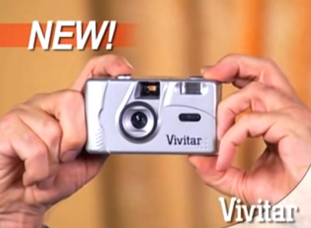 Διαφημιστικό για φιλμ κάμερα δείχνει ότι η τεχνολογία προχωράει αφήνοντας πίσω τους ξεροκέφαλους