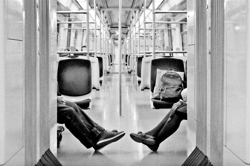 Αστικά Ζεύγη: Έκθεση Φωτογραφίας του Γιάννη Οικονόμου