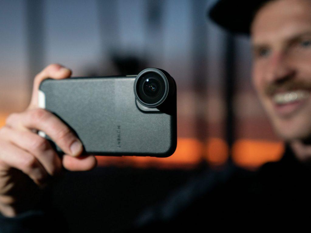Moment: Νέος Fisheye φακός για smartphones στα 14mm