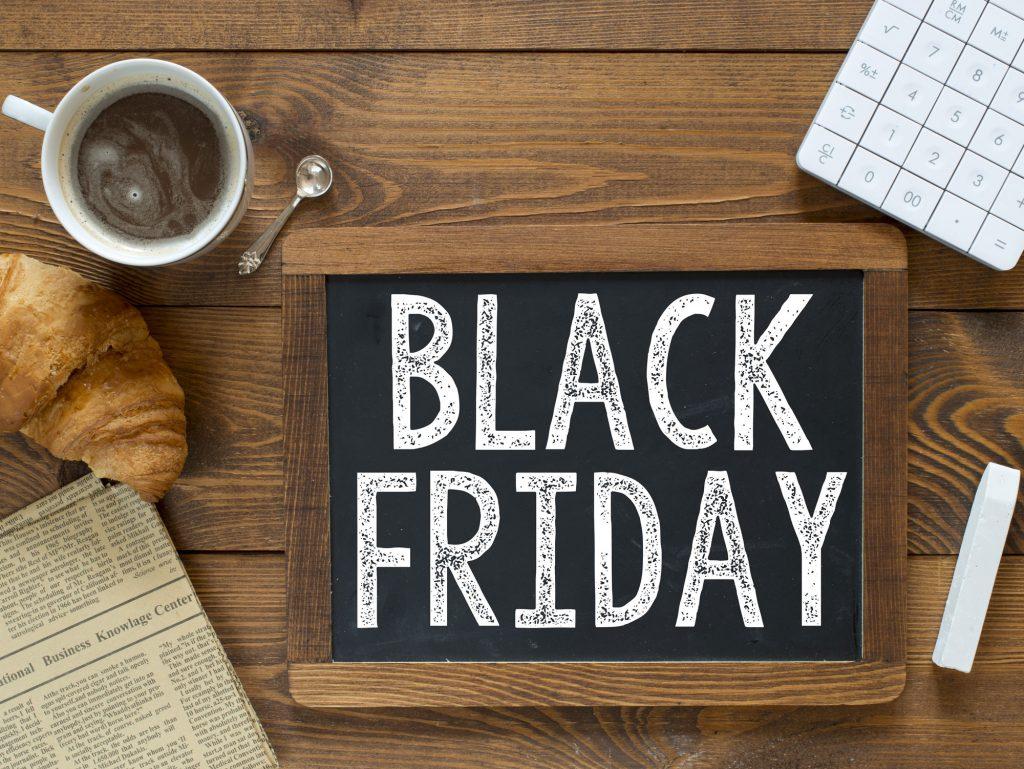 Black Friday και Cyber Monday! Ξεκίνησαν οι προσφορές, πότε είναι και τι θα κάνεις για να μην πιάσουν κοροΐδο!