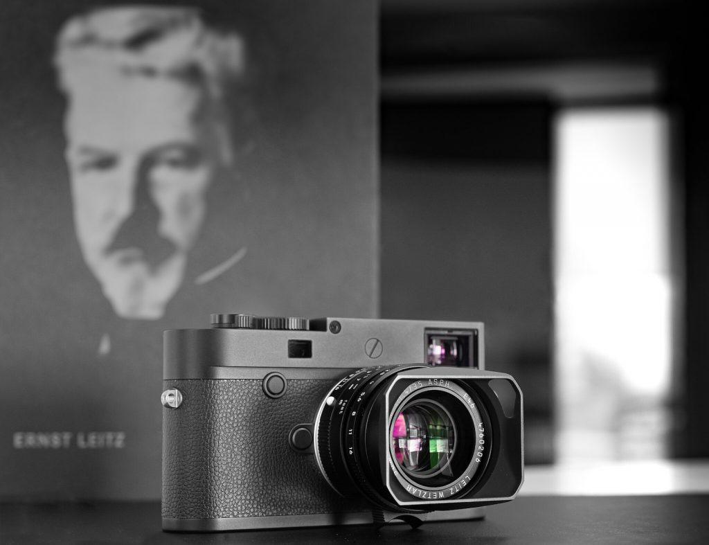 Ειδικές εκδόσεις Leica M10 Monochrom 'LEITZ WETZLAR' και Leica SUMMILUX-M 35 mm f/1.4 ASPH. 'LEITZ WETZLAR'