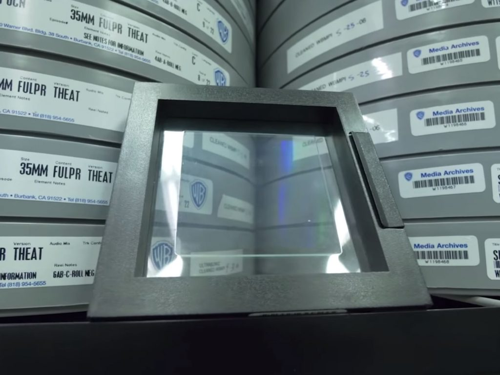 Project Silica: Στο μέλλον θα αποθηκεύουμε τις φωτογραφίες μας σε γυαλί, με διάρκεια ζωής 10.000 χρόνια!
