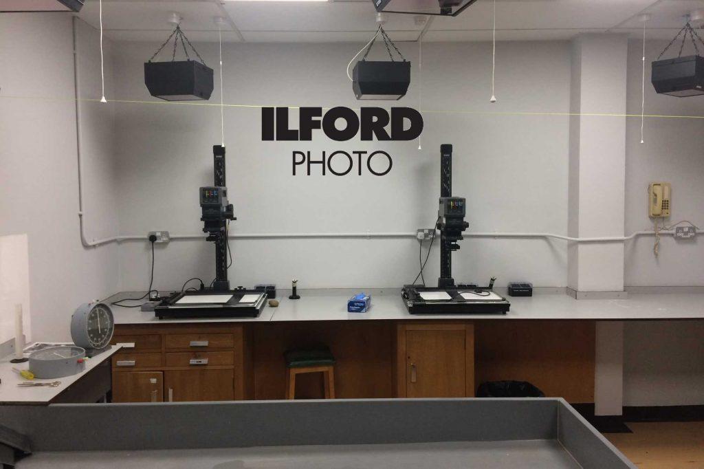 ILFORD: Δημοσίευσε τα αποτελέσματα παγκόσμιας έρευνας για την εκτύπωση σε σκοτεινό θάλαμο!
