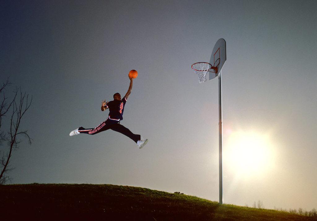 Η ιστορία πίσω από μια από τις σπουδαιότερες φωτογραφίες του Michael Jordan και η ήττα του φωτογράφου από την Nike