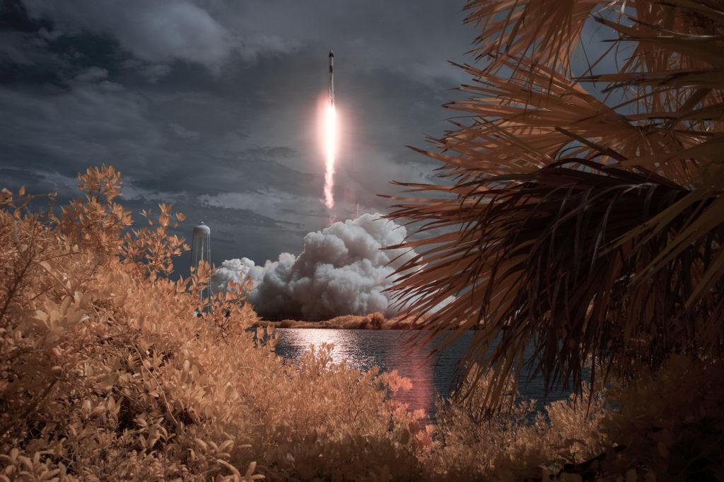 SpaceX Demo-2 Launch: 10 εντυπωσιακές φωτογραφίες από την ιστορική εκτόξευση!