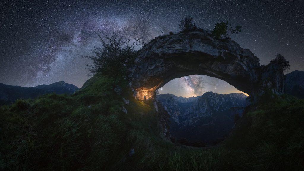 Αυτές οι εικόνες του Γαλαξία μας θα σας κάνουν αστροφωτογράφους (και δωρεάν οδηγός για να τον φωτογραφίσετε μόνοι σας)!