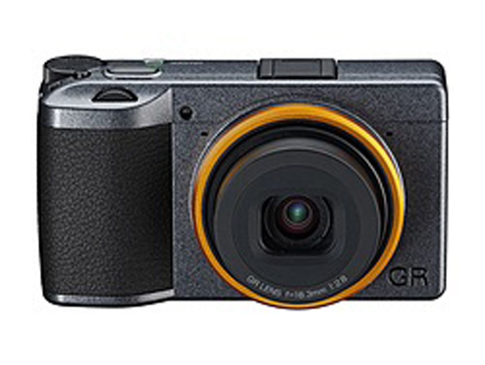 Έρχεται το Ricoh GR III Street Edition Special Limited Kit!