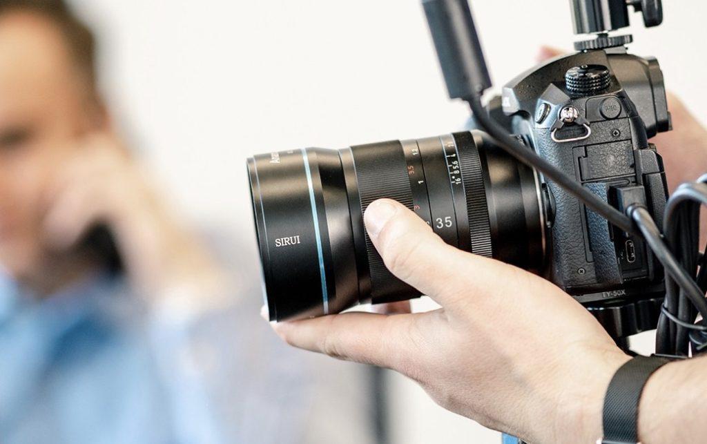 SIRUI 35mm F/1.8 1.33x  Anamorphic: Έρχεται τον Αύγουστο στο Indiegogo!