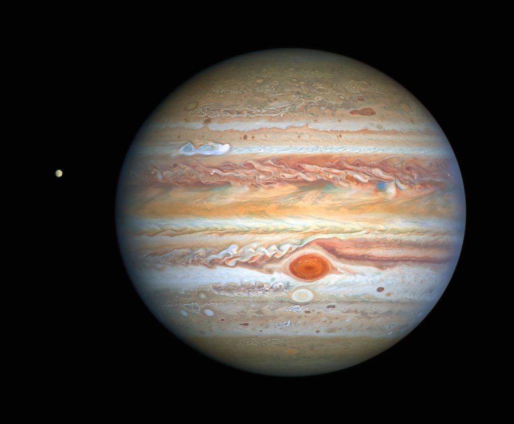 Το Hubble μας χαρίζει νέα φοβερή εικόνα του Δία και της Ευρώπης!