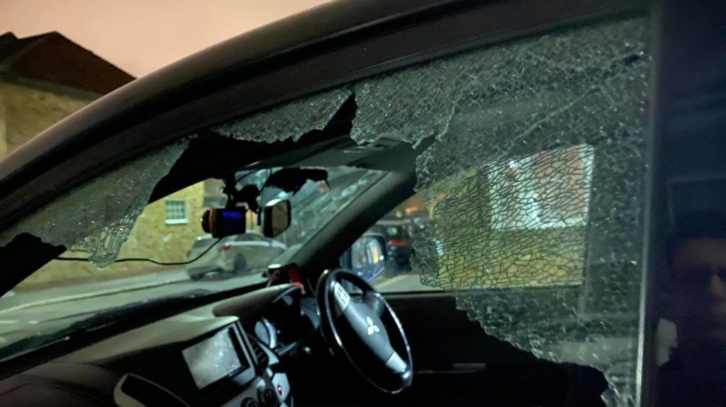 Γνωστός κινηματογραφιστής άφησε για λίγο τον εξοπλισμό του στο αυτοκίνητο και του τον κλέψανε!