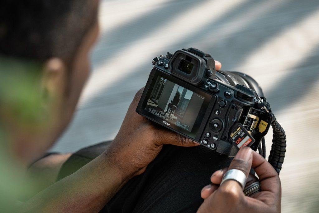 Ποιες βελτιώσεις φέρνουν οι νέες Nikon Z 6II και Nikon Z 7II σε σχέση με τα προηγούμενα μοντέλα;