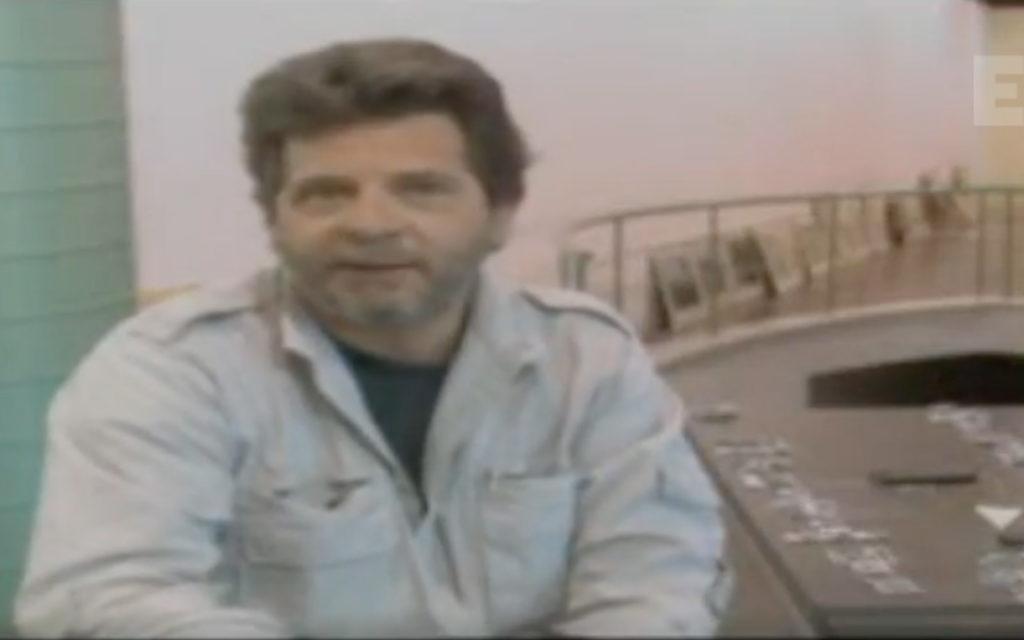 Δημιουργώντας το Αύριο: Ο Νίκος Οικονομόπουλος μιλάει στην ΕΡΤ του 2000!