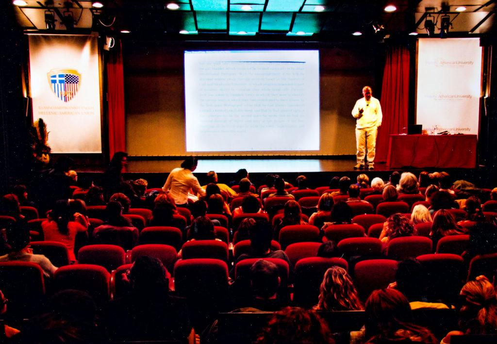 Ελληνοαμερικανική Ένωση: Οι Γιάννης Μαραπάς και Μιχάλης Πολιτόπουλος στις Φωτογραφικές παρουσιάσεις του Πλάτωνα Ριβέλλη