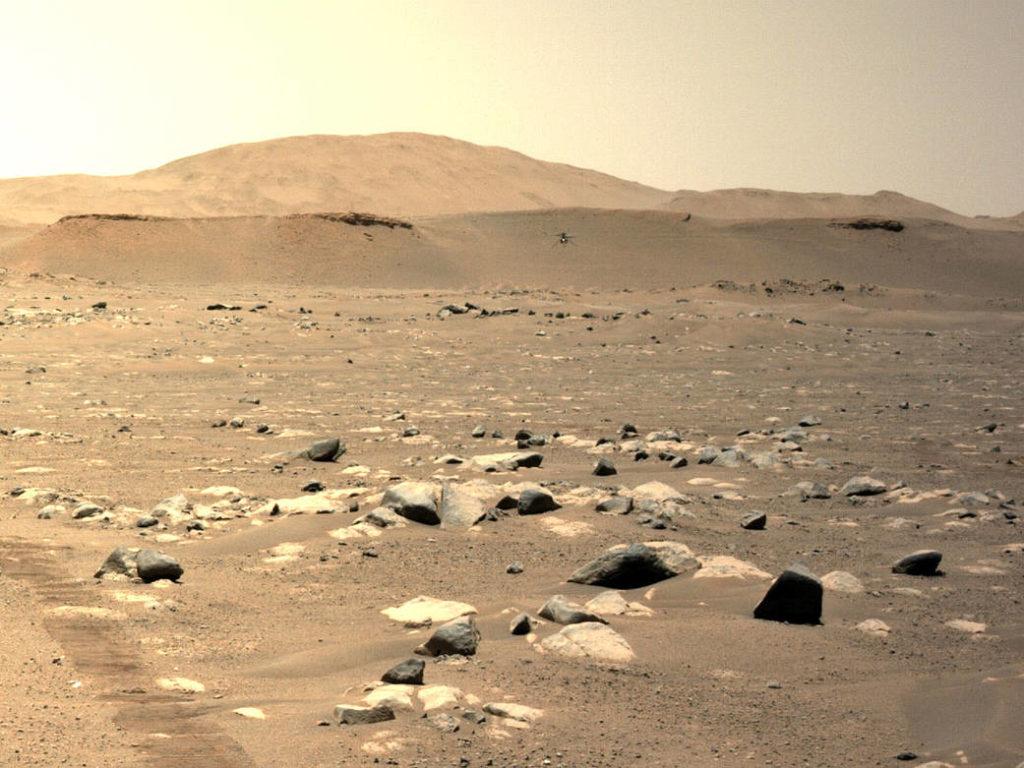 Νέα ιστορική φωτογραφία: Το Ingenuity φωτογράφισε το Perseverance Rover από τον αέρα του Άρη
