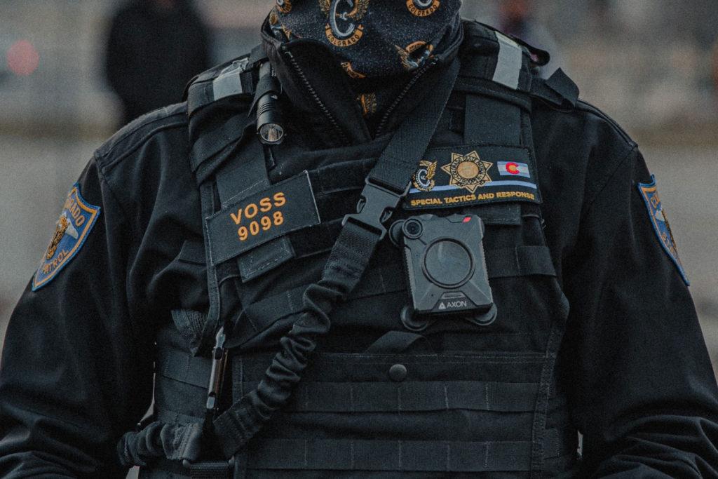 Έρευνα: Η χρήση καμερών στην στολή των αστυνομικών μειώνει την αυθαιρεσία τους