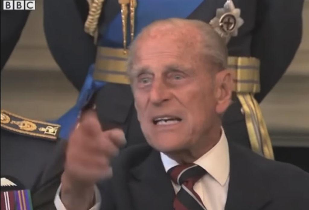 Just take the Fu**ing Picture: Όταν ο πρίγκιπας Φίλιππος θύμωσε με τον φωτογράφο!