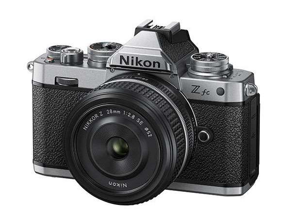 H Nikon Z fc με την ειδική έκδοση του φακού Z fc 28mm f / 2.8 Special Edition θα καθυστερήσει!