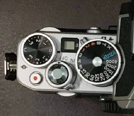 Αυτή είναι η Nikon Z fc: Νέα mirrorless με APS-C αισθητήρα και ρετρό σχεδιασμό!