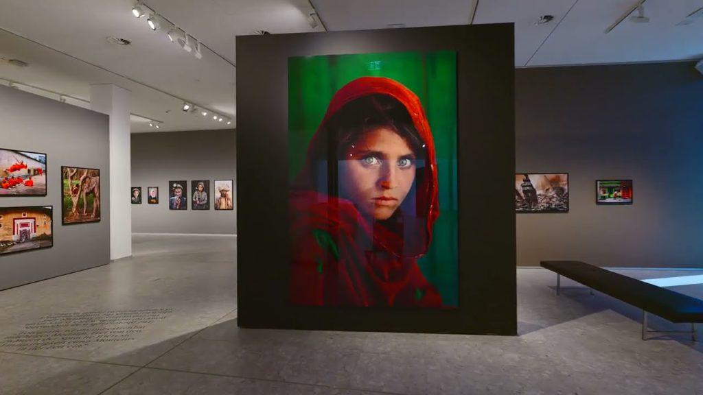 The Eyes of Humanity: Έκθεση φωτογραφίας του Steve McCurry από τη Leica!