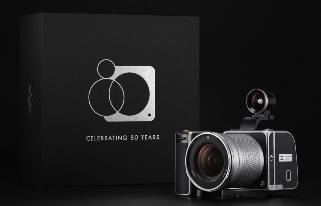 Η Hasselblad παρουσιάσε το Hasselblad 907X Anniversary Edition Kit για τον εορτασμό των 80 χρόνων της, με τιμή 15.500 ευρώ!