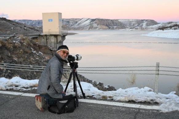Πέθανε ο φωτορεπόρτερ Nick Oza, βραβευμένος δύο φορές με Πούλιτζερ